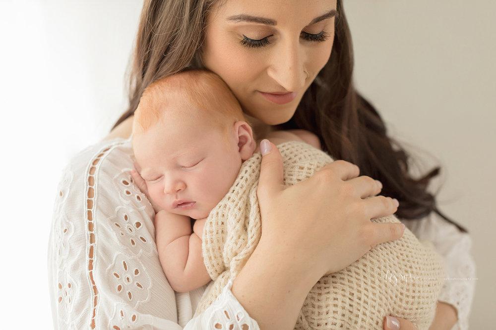 atlanta-buckhead-brookhaven-decatur-lily-sophia-photography--photographer-portraits-grant-park-intown-newborn-baby-boy-redhead_0049.jpg