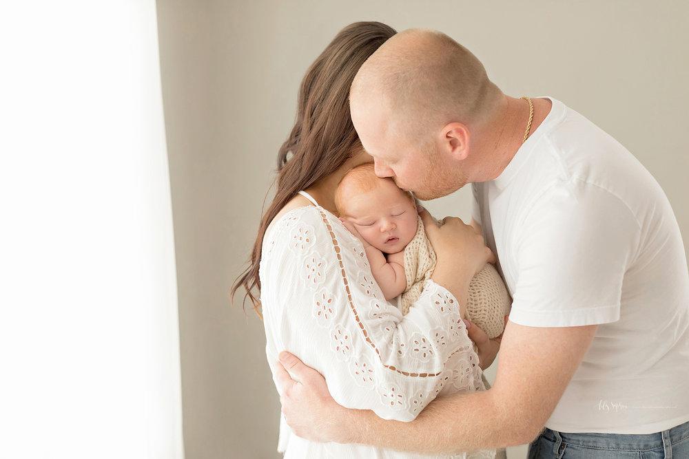 atlanta-buckhead-brookhaven-decatur-lily-sophia-photography--photographer-portraits-grant-park-intown-newborn-baby-boy-redhead_0050.jpg