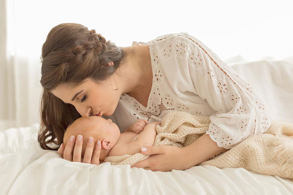 atlanta-buckhead-brookhaven-decatur-lily-sophia-photography--photographer-portraits-grant-park-intown-newborn-baby-boy-redhead_0062.jpg