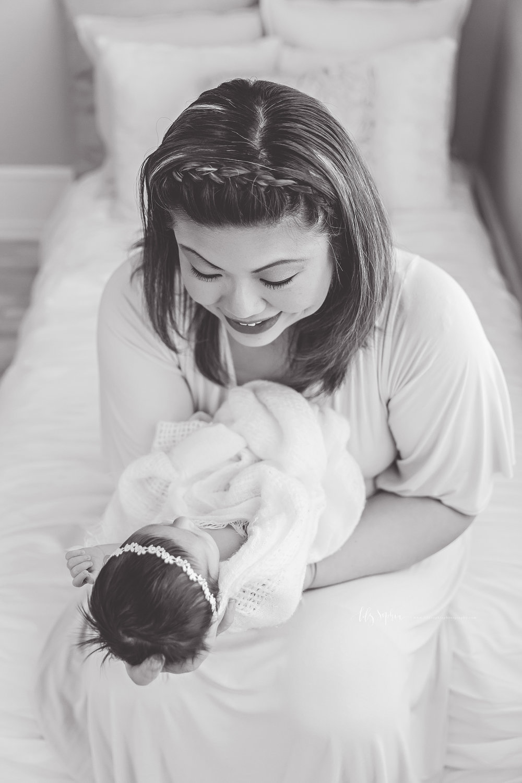 atlanta-buckhead-brookhaven-decatur-lily-sophia-photography-photographer-portraits-grant-park-intown-marietta-family-newborn-baby-girl-grandmother-black-and-white-photos-14.jpg