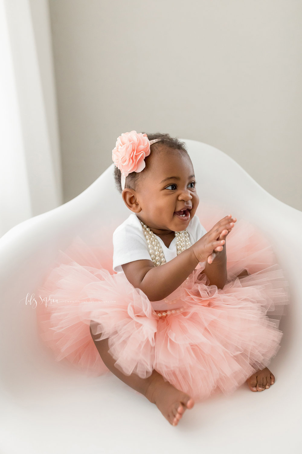 atlanta-smyrna-brookhaven-decatur-lily-sophia-photography-photographer-portraits-grant-park-intown-first-birthday-cake-smash-one-year-old-toddler-baby-girl_0013.jpg