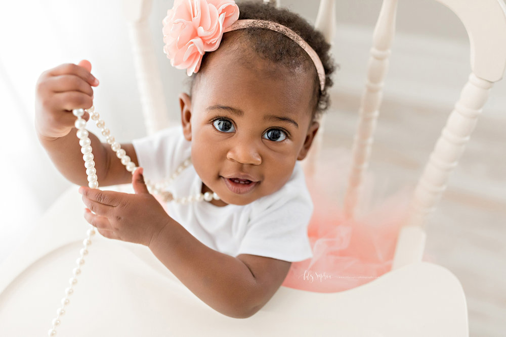 atlanta-smyrna-brookhaven-decatur-lily-sophia-photography-photographer-portraits-grant-park-intown-first-birthday-cake-smash-one-year-old-toddler-baby-girl_0016.jpg
