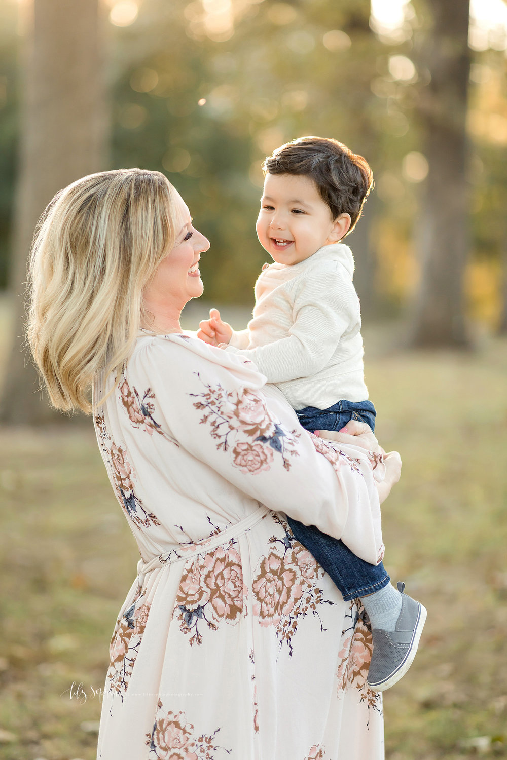 atlanta-midtown-brookhaven-decatur-lily-sophia-photography-photographer-portraits-grant-park-sunset-maternity-expecting-baby-girl-family-toddler-boy-big-brother_0094.jpg