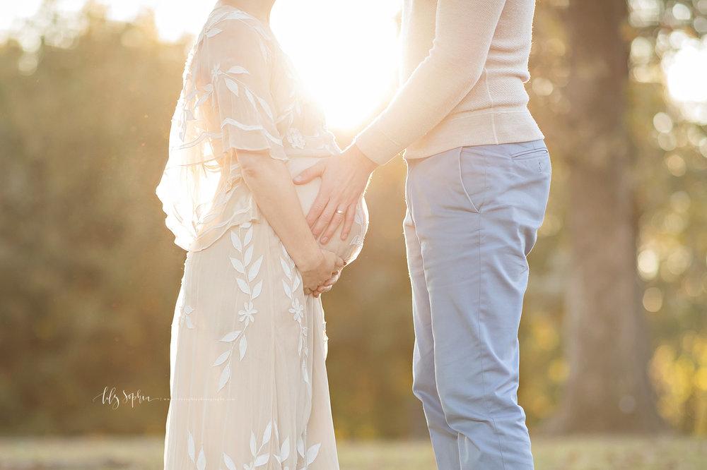 atlanta-buckhead-brookhaven-decatur-lily-sophia-photography-photographer-portraits-grant-park-intown-outdoor-sunset-maternity-expecting-baby-boy_12.jpg
