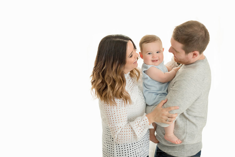 atlanta-midtown-brookhaven-decatur-lily-sophia-photography-photographer-portraits-grant-park-studio-six-month-milestone-baby-boy-family_0146.jpg