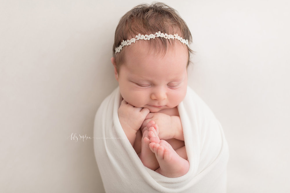 atlanta-buckhead-brookhaven-decatur-lily-sophia-photography-photographer-portraits-grant-park-intown-kirkwood-family-newborn-baby-girl-family-20.jpg