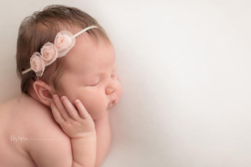 atlanta-buckhead-brookhaven-decatur-lily-sophia-photography-photographer-portraits-grant-park-intown-kirkwood-family-newborn-baby-girl-family-25.jpg