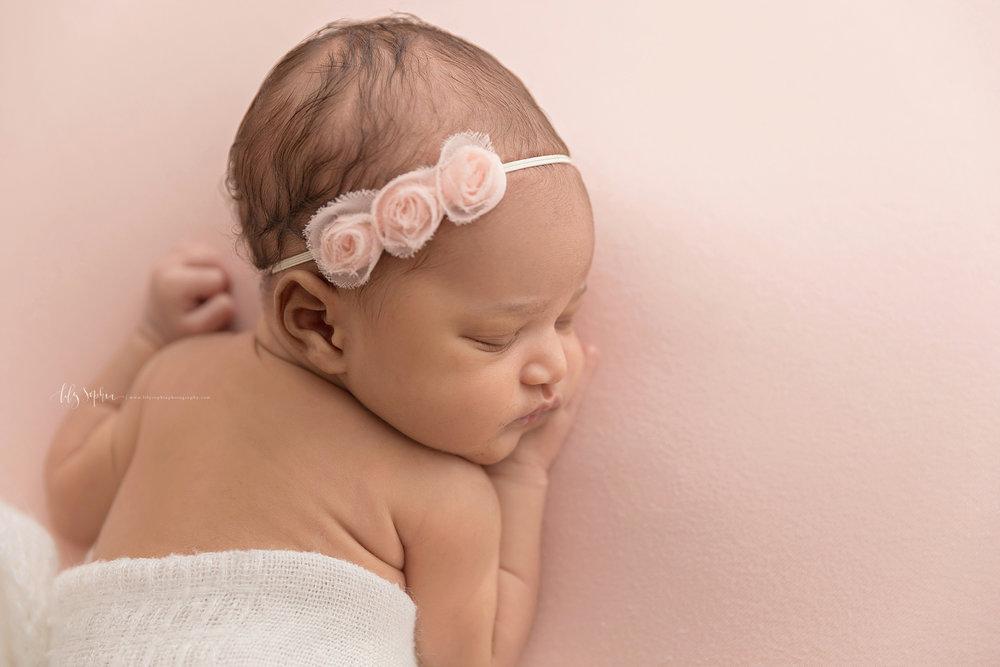atlanta-midtown-brookhaven-decatur-lily-sophia-photography-photographer-portraits-grant-park-family-studio-newborn-baby-girl-big-brothers_0095.jpg