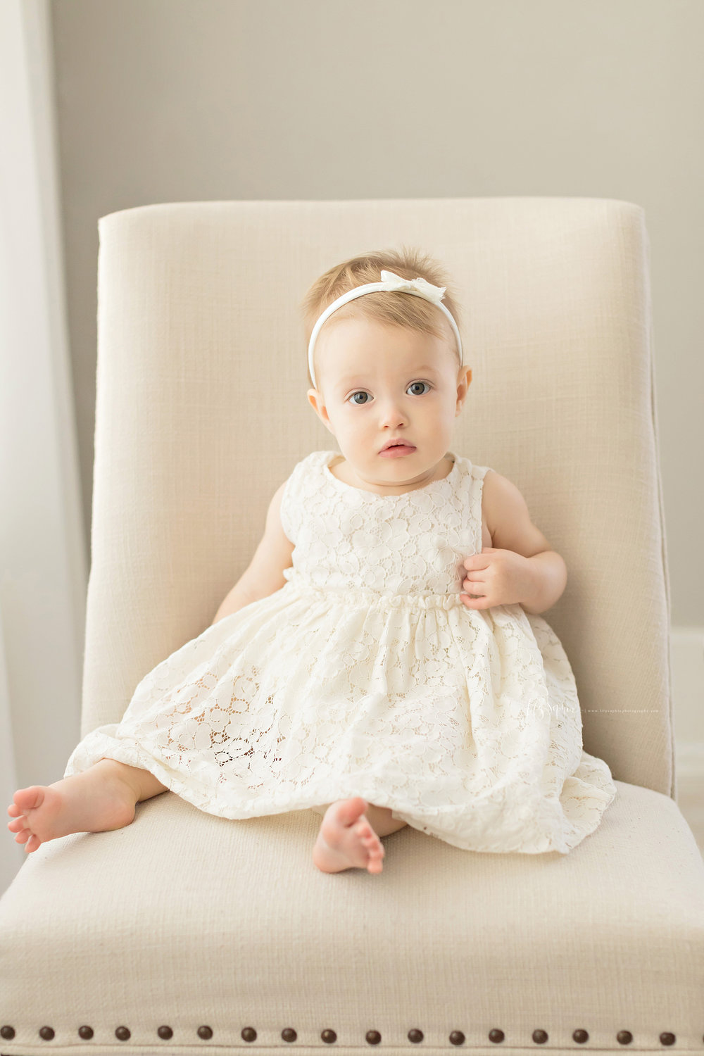 atlanta-midtown-sandy-springs-decatur-lily-sophia-photography-photographer-first-birthday-cake-smash-baby-girl_0203.jpg