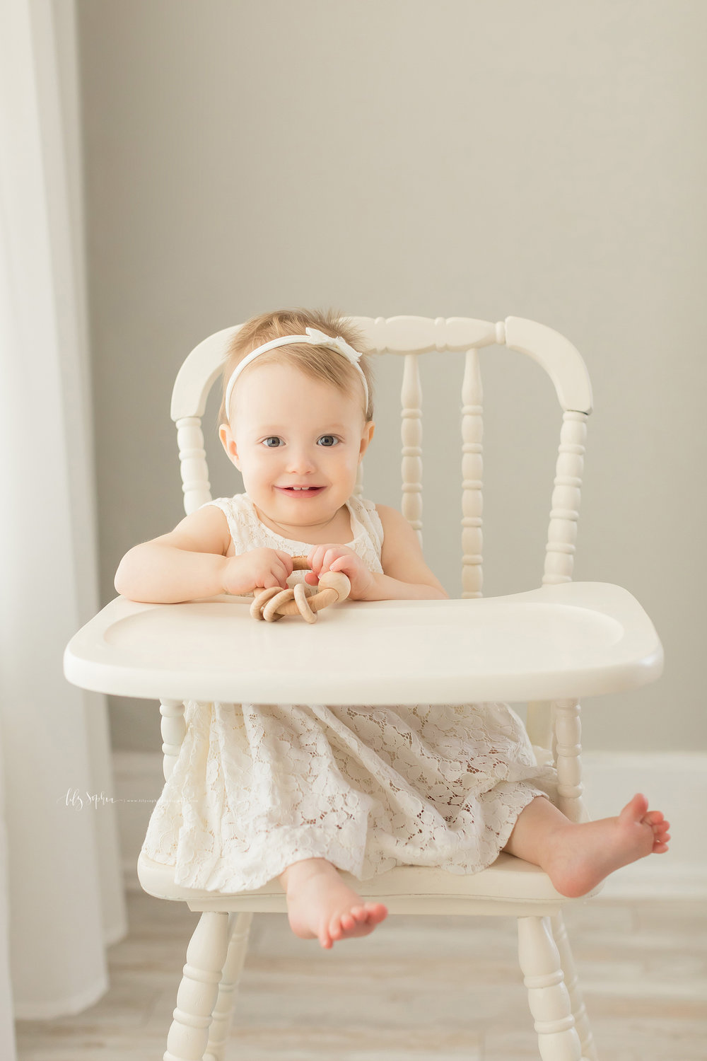 atlanta-midtown-sandy-springs-decatur-lily-sophia-photography-photographer-first-birthday-cake-smash-baby-girl_0207.jpg