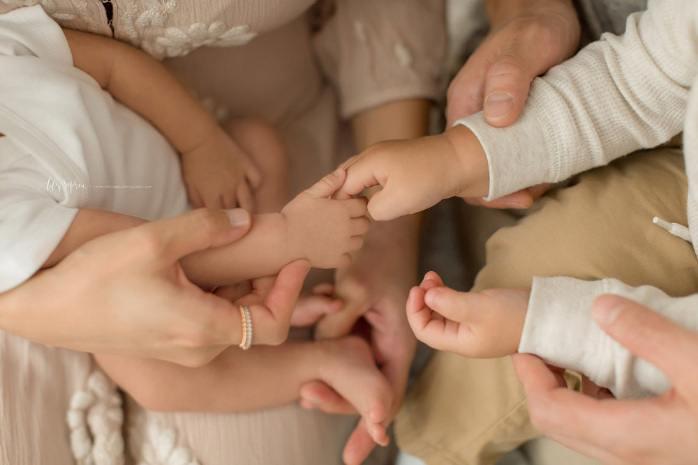 atlanta-midtown-marietta-decatur-lily-sophia-photography-korean-family-photographer-natural-light-studio-newborn-baby-girl-photos_0227.jpg