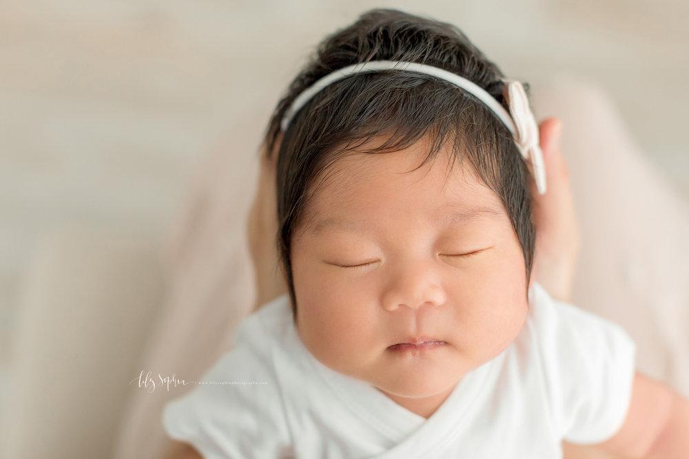 atlanta-midtown-marietta-decatur-lily-sophia-photography-korean-family-photographer-natural-light-studio-newborn-baby-girl-photos_0259.jpg