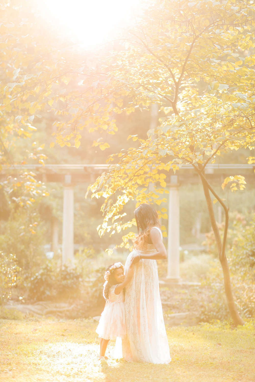 atlanta-midtown-lawrenceville-decatur-lily-sophia-photography-family-photographer-natural-light-garden-maternity-family-photos-big-sister_0264.jpg