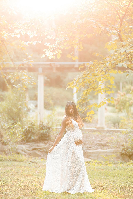 atlanta-midtown-lawrenceville-decatur-lily-sophia-photography-family-photographer-natural-light-garden-maternity-family-photos-big-sister_0267.jpg