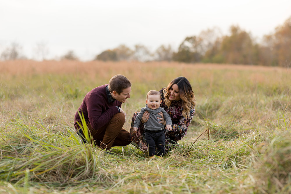atlanta-midtown-west-end-decatur-lily-sophia-photography-family-photographer-eight-month-baby-boy-sunset-outdoor-field-family-photos_0338.jpg