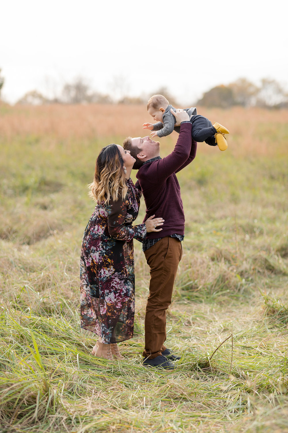 atlanta-midtown-west-end-decatur-lily-sophia-photography-family-photographer-eight-month-baby-boy-sunset-outdoor-field-family-photos_0339.jpg
