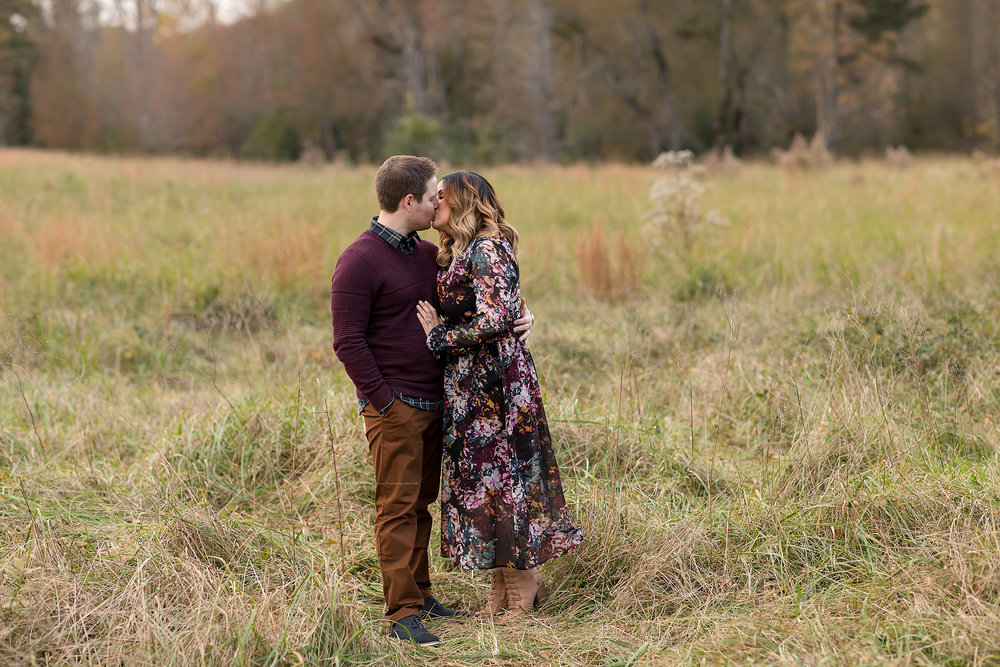 atlanta-midtown-west-end-decatur-lily-sophia-photography-family-photographer-eight-month-baby-boy-sunset-outdoor-field-family-photos_0342.jpg