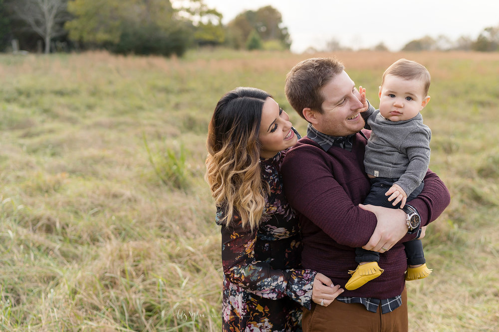 atlanta-midtown-west-end-decatur-lily-sophia-photography-family-photographer-eight-month-baby-boy-sunset-outdoor-field-family-photos_0346.jpg