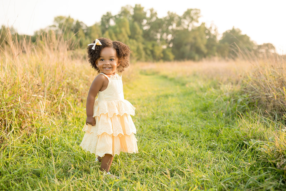 atlanta-midtown-brookhaven-ashford-dunwoody-decatur-lily-sophia-photography-outdoor-sunset-field-mountain-family-photographer-toddler-girl_0405.jpg