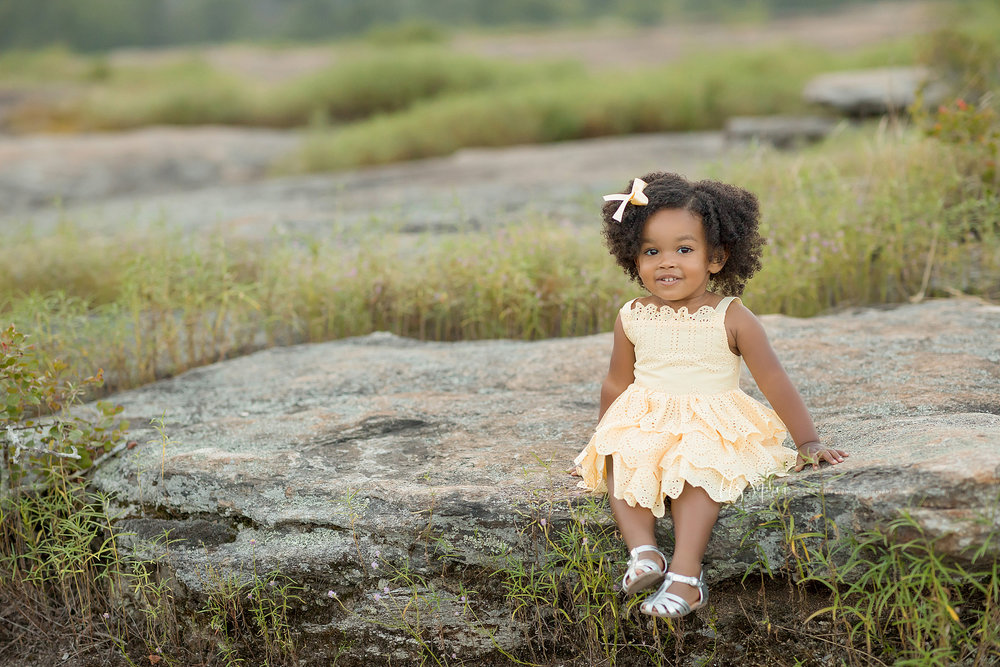 atlanta-midtown-brookhaven-ashford-dunwoody-decatur-lily-sophia-photography-outdoor-sunset-field-mountain-family-photographer-toddler-girl_0413.jpg