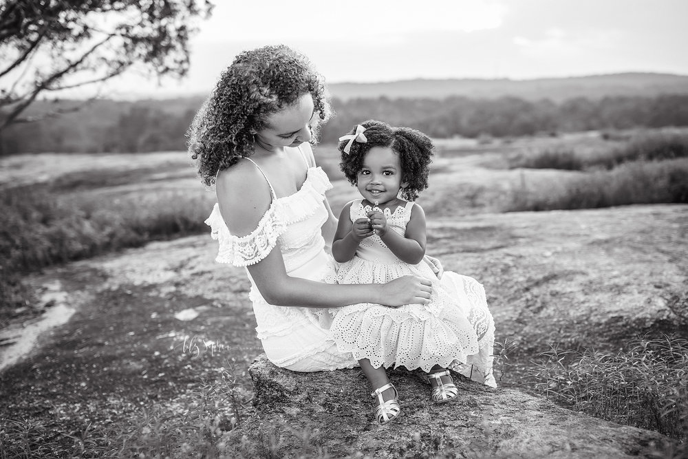 atlanta-midtown-brookhaven-ashford-dunwoody-decatur-lily-sophia-photography-outdoor-sunset-field-mountain-family-photographer-toddler-girl_0414.jpg
