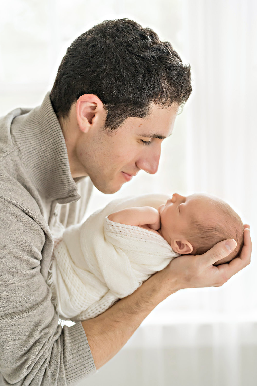 atlanta-midtown-atlantic-station-virginia-highlands-roswell-decatur-lily-sophia-photography-newborn-baby-boy-new-parents-studio-session_0549.jpg