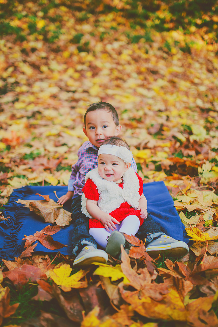 creative family portraits - autumn - sunshine coast, bc - jennifer picard photography 02.jpg