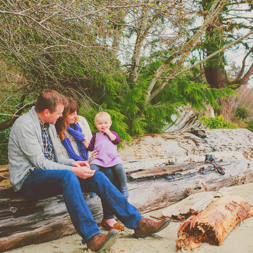 creative family portrait session - sunshine coast bc portrait photographer - jennifer picard photography ( web) 1.jpg