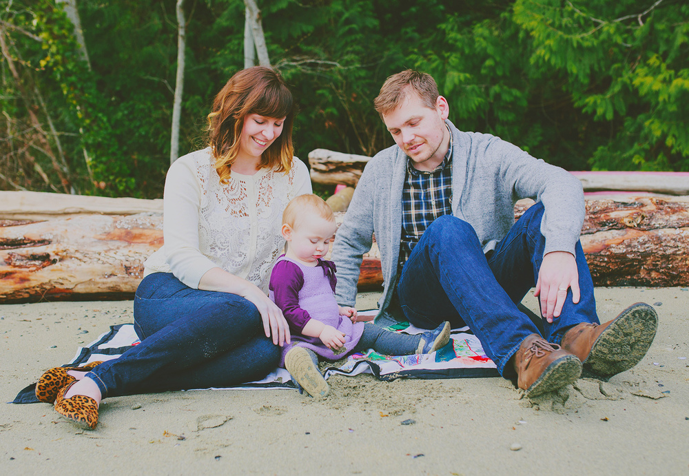 creative family portrait session - sunshine coast bc portrait photographer - jennifer picard photography ( web ) 11.jpg