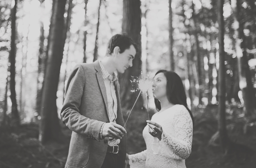 sunshine coast bc engagement photography session jennifer picard photography  black and white sparklers