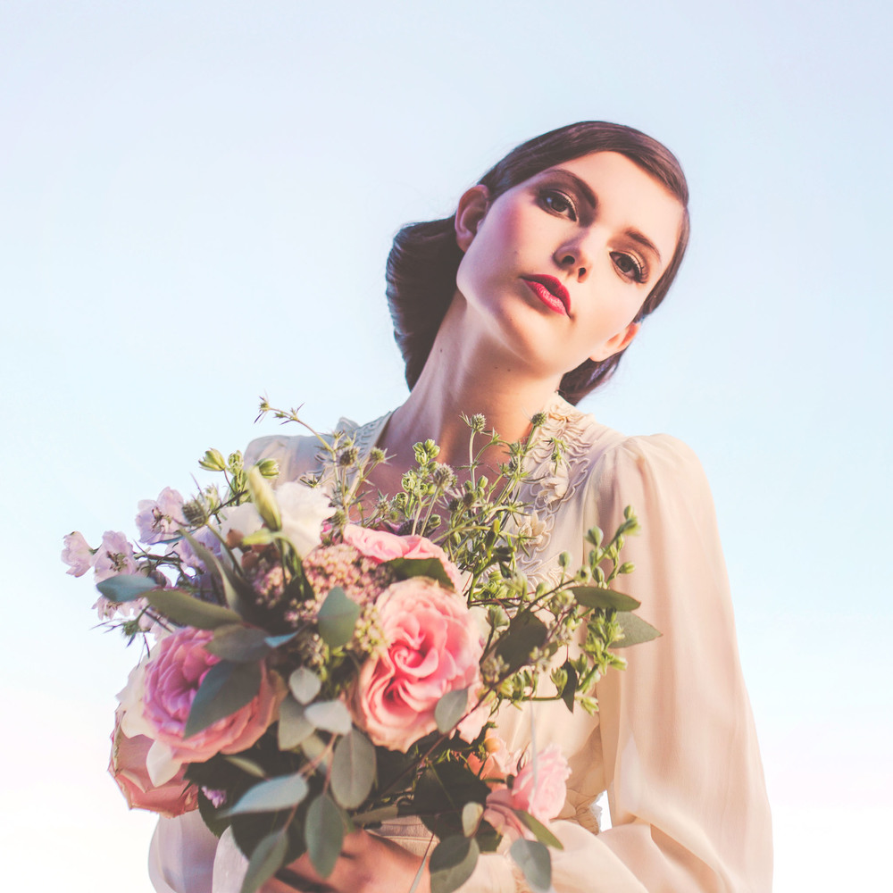 Romantic Vintage Glam Styled Bridal Shoot With Save The