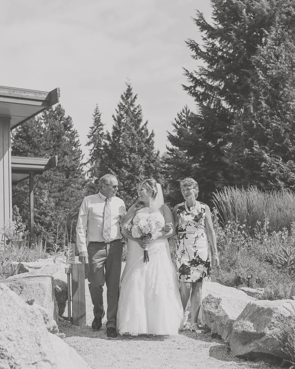sunshine coast botanical garden wedding, sunshine coast wedding photographer, jennifer picard photography