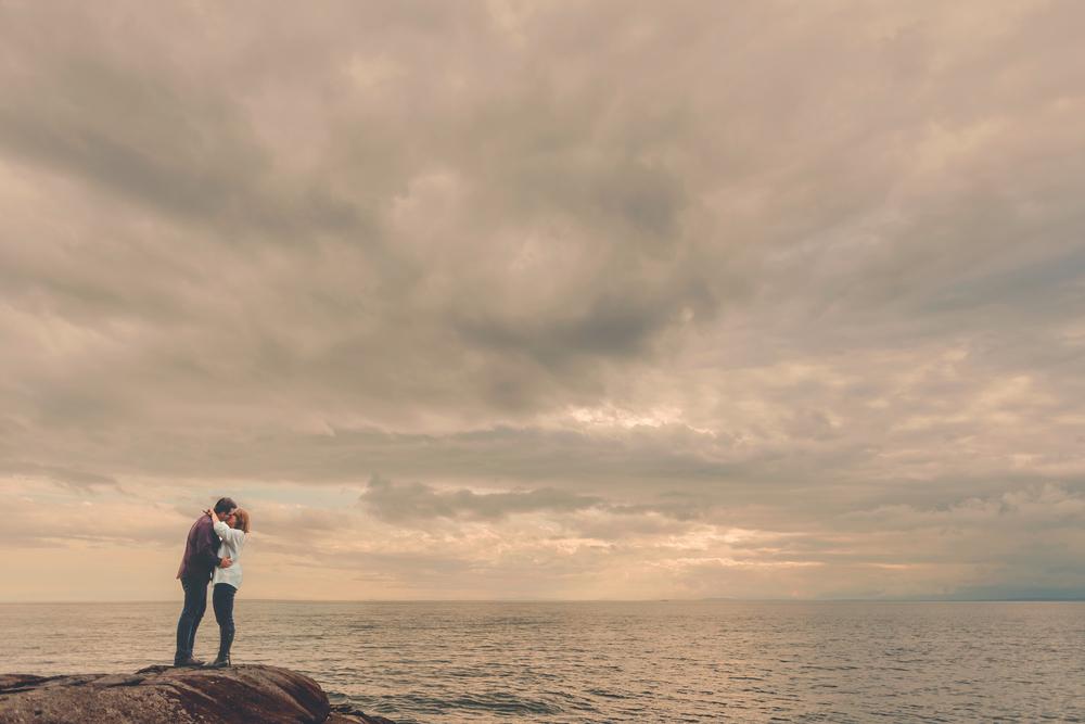 sunshine coast engagement photos, sunshine coast wedding photographer, jennifer picard photography