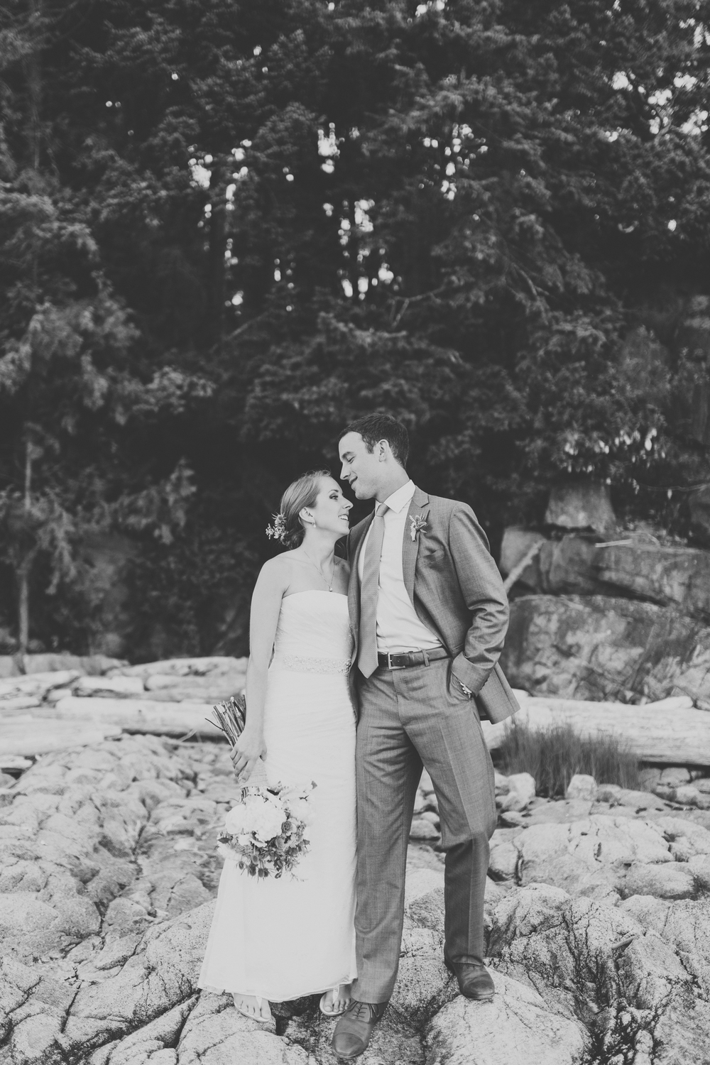 IMG_1708-SUNSHINE-COAST-BC-WEDDING-PHOTOGRAPHER-JENNIFER-PICARD-PHOTOGRAPHY-BW.jpg