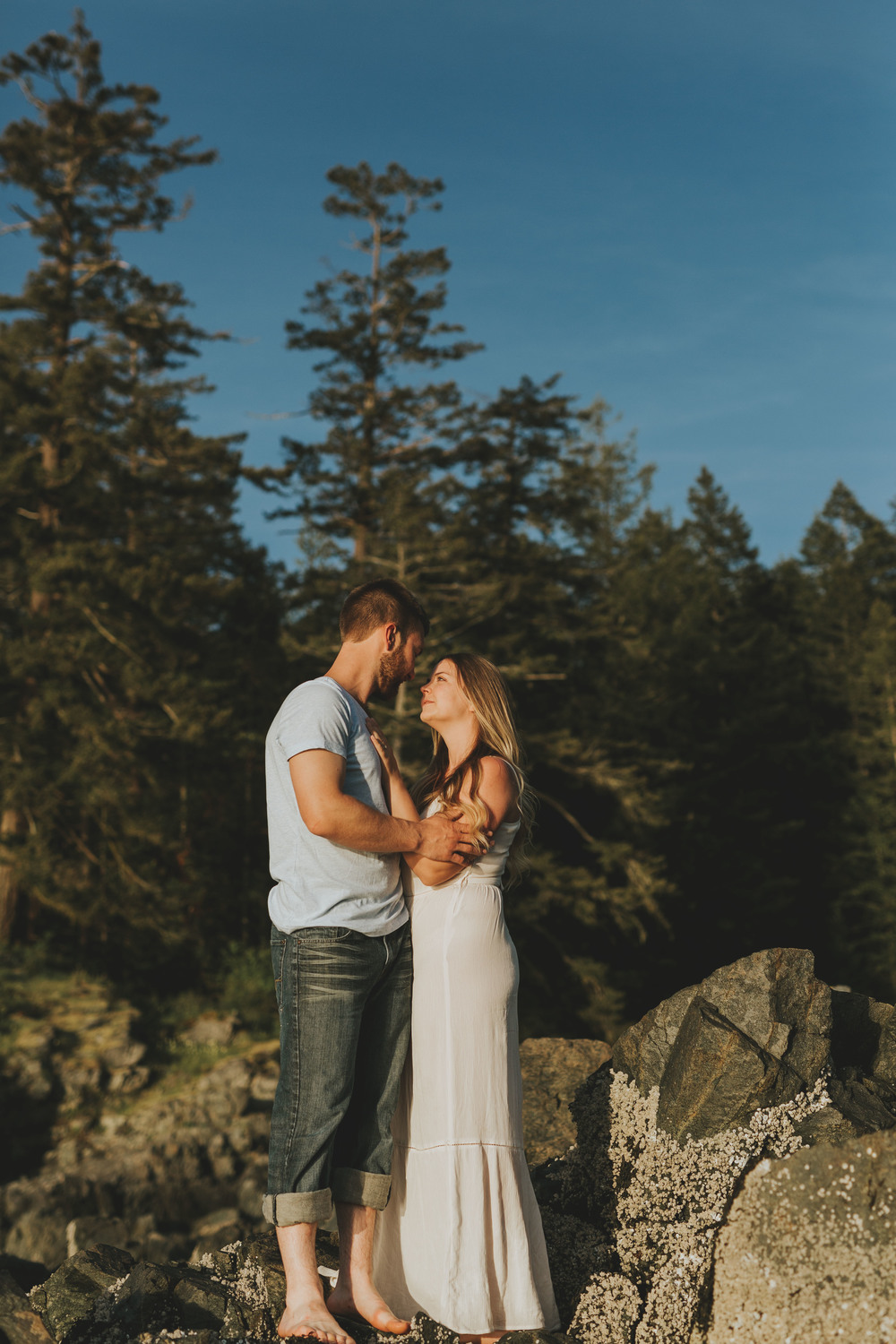 IMG_0539 JENNIFER PICARD PHOTOGRAPHY VANCOUVER WEDDING PHOTOGRAPHER SUNSHINE COAST ENGAGEMENT.jpg
