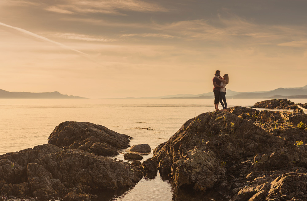 Thormanby Island Engagement Photos, Vancouver and Sunshine Coast BC Wedding Photographer, Jennifer picard photography