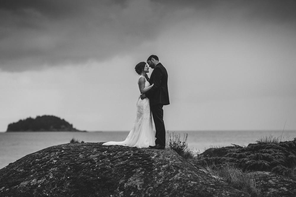 IMG_2753 JENNIFER PICARD PHOTOGRAPHY VANCOUVER WEDDING PHOTOGRAPHER BW.jpg