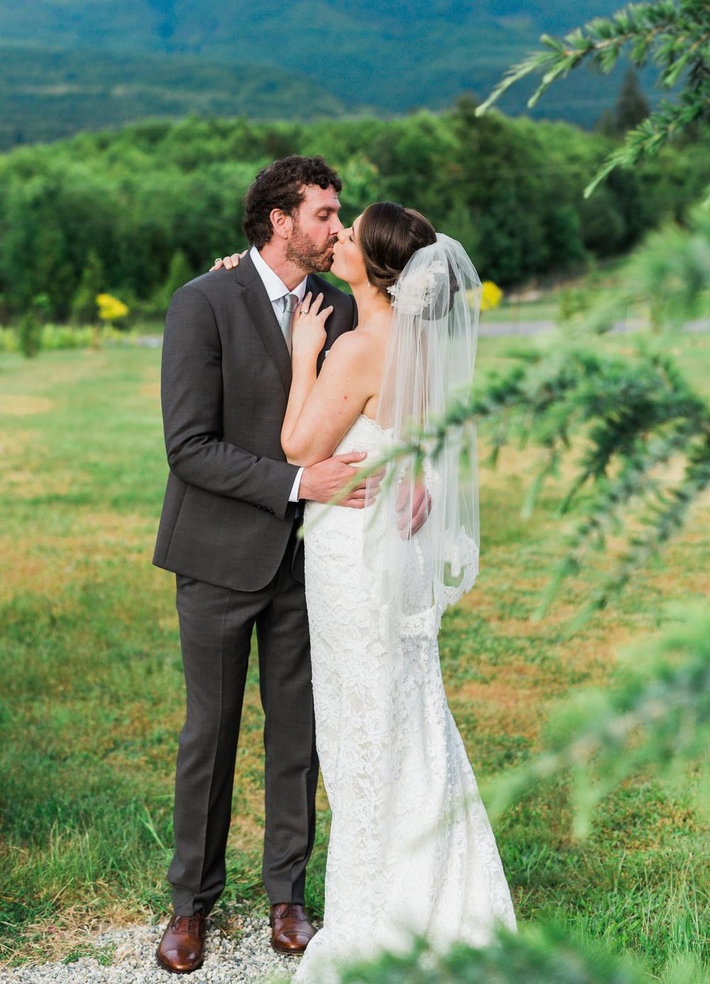 SunshineCoast-BC-Wedding-Photographer088.jpg