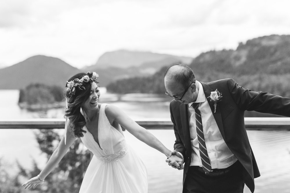 SUNSHINE COAST AND VANCOUVER WEDDING PHOTOGRAPHER