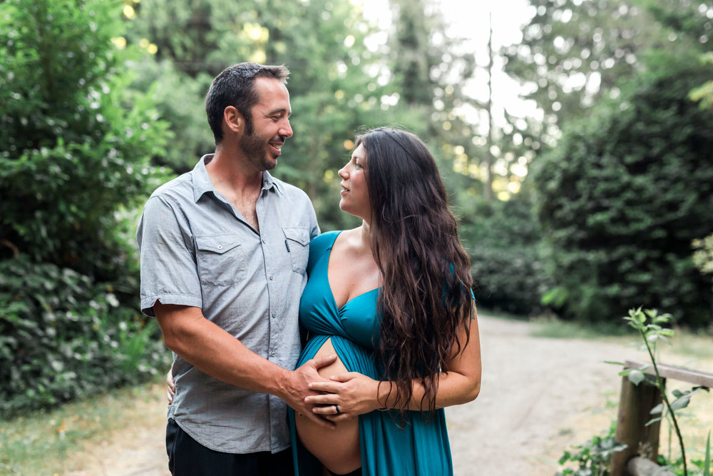 Maternity Photos - Sunshine Coast BC Wedding Photographer - Vancouver Wedding Photographer - Sunshine Coast Elopement Photos - IMG_0395.jpg