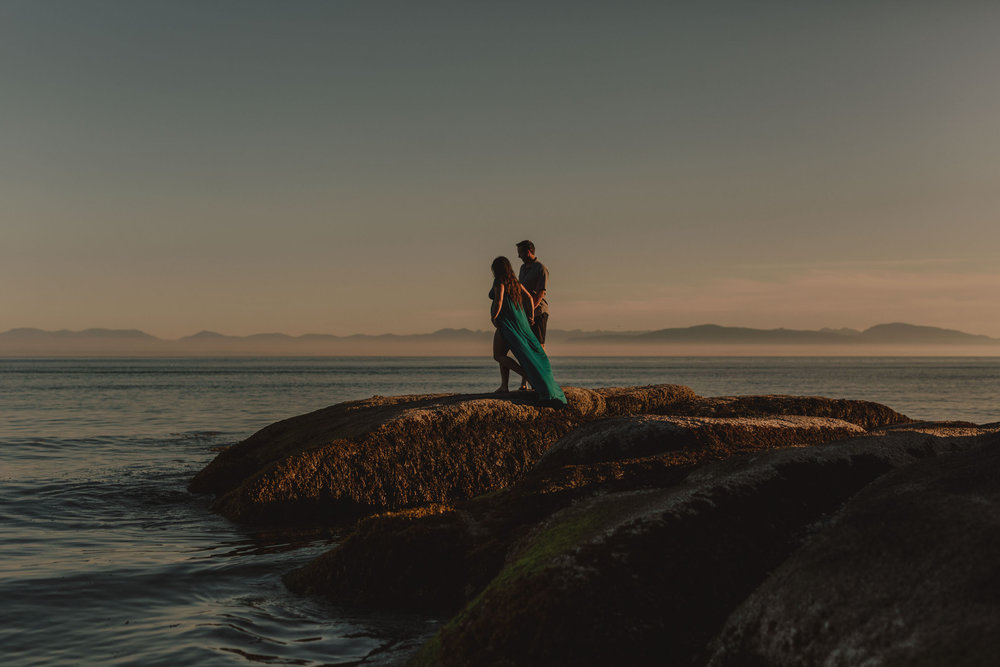 Maternity Photos - Sunshine Coast BC Wedding Photographer - Vancouver Wedding Photographer - Sunshine Coast Elopement Photos - IMG_0457.jpg