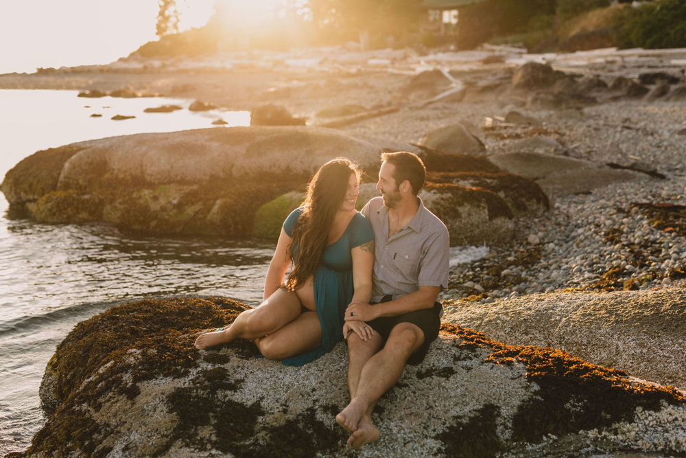 Maternity Photos - Sunshine Coast BC Wedding Photographer - Vancouver Wedding Photographer - Sunshine Coast Elopement Photos - IMG_0716.jpg