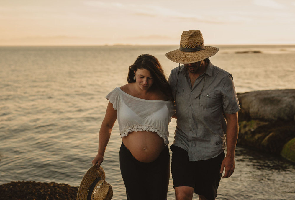 Maternity Photos - Sunshine Coast BC Wedding Photographer - Vancouver Wedding Photographer - Sunshine Coast Elopement Photos - IMG_1179.jpg