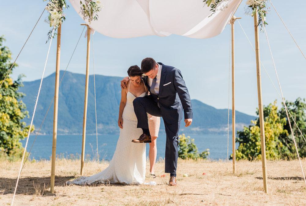 Camp Fircom Wedding - Vancouver Wedding Photographer & Videographer - Sunshine Coast Wedding Photos - Sunshine Coast Wedding Photographer - Jennifer Picard Photography - IMG_0823.jpg
