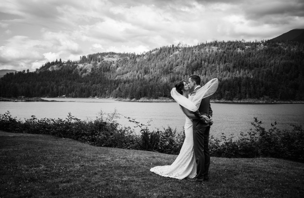 West Coast Wilderness Lodge Wedding Photos - Vancouver Wedding Photographer & Videographer - Sunshine Coast Wedding Photos - Sunshine Coast Wedding Photographer - Jennifer Picard Photography