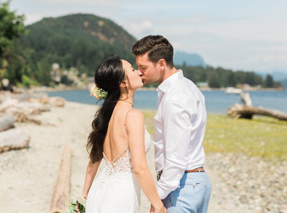 Gibsons Wedding Photos - Sunshine Coast Wedding Photos - Vancouver Wedding Photographer & Videographer - Sunshine Coast Wedding Photos - Sunshine Coast Wedding Photographer - Jennifer Picard Photography - IMG_9586.jpg