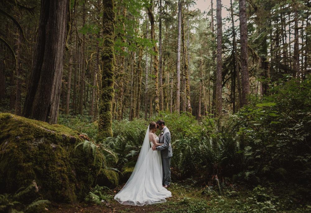 West Coast Wilderness Lodge Wedding Photos - Vancouver Wedding Photographer & Videographer - Sunshine Coast Wedding Photos - Sunshine Coast Wedding Photographer - Jennifer Picard Photography - IMG_3063.jpg