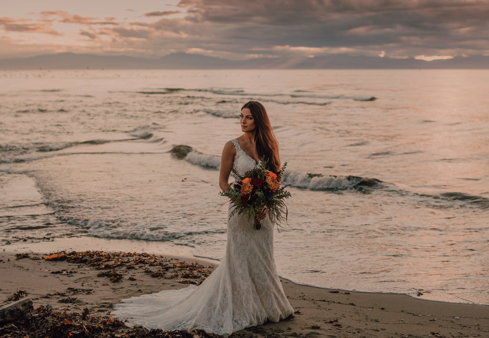 Day After Wedding Photos - Sunshine Coast Wedding Photos - Sunset Wedding Photos - Vancouver Wedding Photographer & Videographer - Sunshine Coast Wedding Photos - Sunshine Coast Wedding Photographer - Jennifer Picard Photography - 1A5A9434.jpg