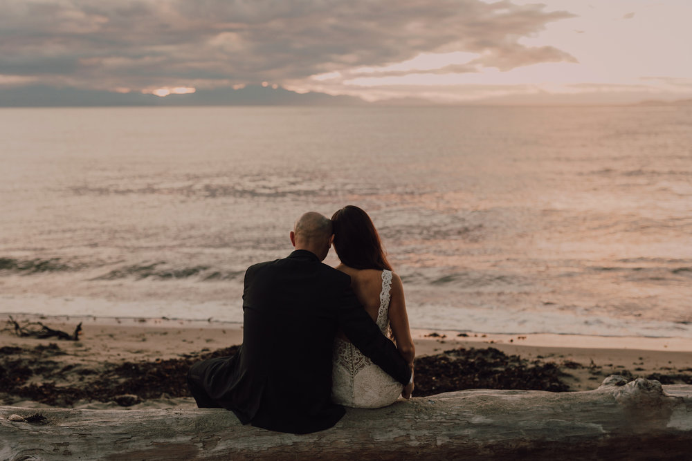 Day After Wedding Photos - Sunshine Coast Wedding Photos - Sunset Wedding Photos - Vancouver Wedding Photographer & Videographer - Sunshine Coast Wedding Photos - Sunshine Coast Wedding Photographer - Jennifer Picard Photography - 1A5A9775.jpg