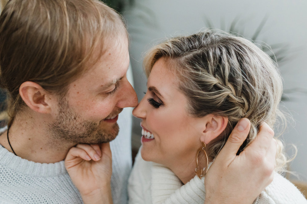 Home Engagement Session Photos - Squamish Wedding Photographer - Squamish Engagement Photos -  Vancouver Wedding Photographer & Videographer - Sunshine Coast Wedding Photos - Sunshine Coast Wedding Photographer - Jennifer Picard Photography - 1A5A1252.jpg
